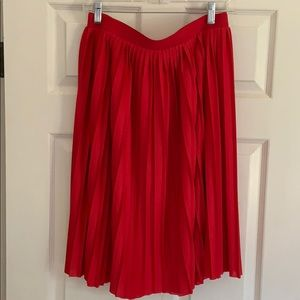 Red Pleated H&M skirt